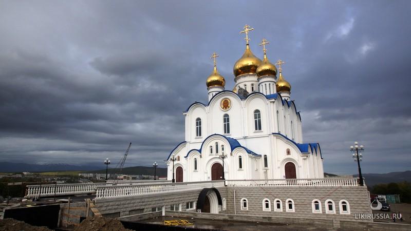 Собор Святой Живоначальной Троицы. Петропавловск-Камчатский